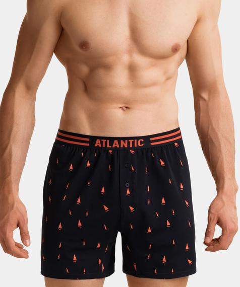 W 2-packu znajdziesz czarne bokserki męskie pokryte wzorami w kolorowe żaglówki. Bokserki mają uniwersalnej długości nogawki i średniej wysokości stan #4
